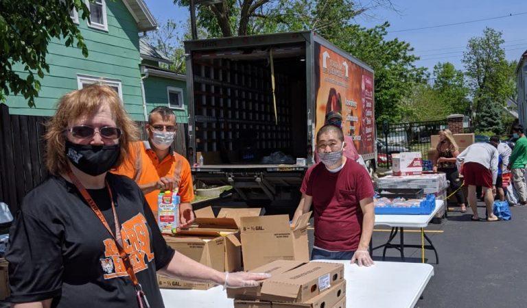 mobile pantry helpers